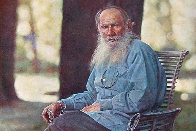 Писатель Лев Толстой в старости