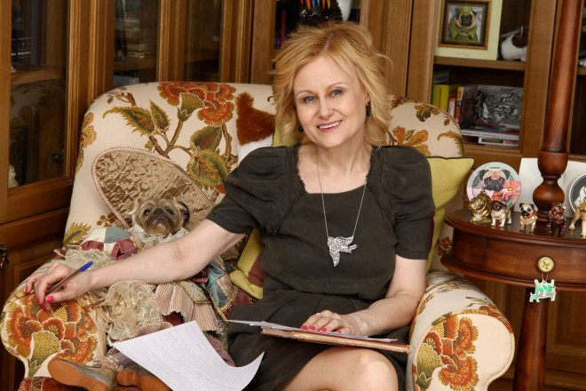 Дарья Донцова писательница