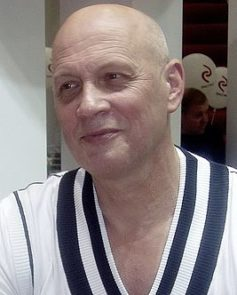 Василий Головачев
