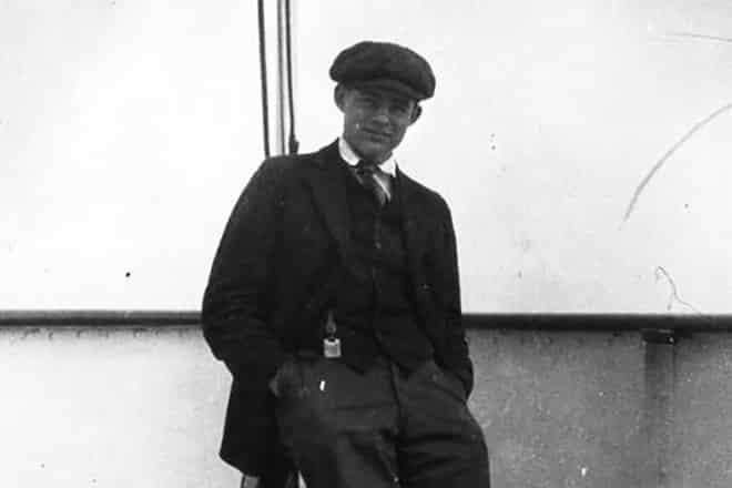Эрнест Хемингуэй в молодости